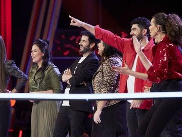 """Laura Pausini roba a Juan José Alba y Antonio Orozco a Gonzalo Alhambra en los Asaltos de 'La Voz': """"Prometimos, cumplimos"""""""