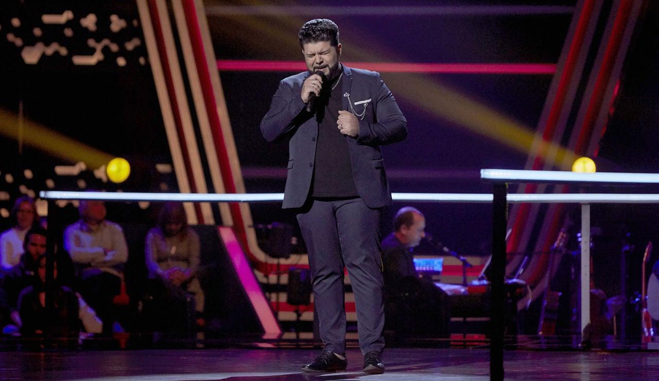Lisardo Silva canta 'Devuélveme la vida' en los Asaltos de 'La Voz'