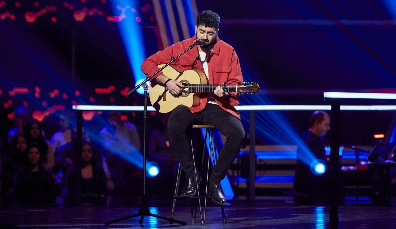 Gonzalo Alhambra canta 'Qué bonita la vida' en los Asaltos de 'La Voz'