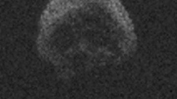 Un asteroide con forma de calavera pasará a 40 millones de kilómetros de la Tierra en la noche de Halloween
