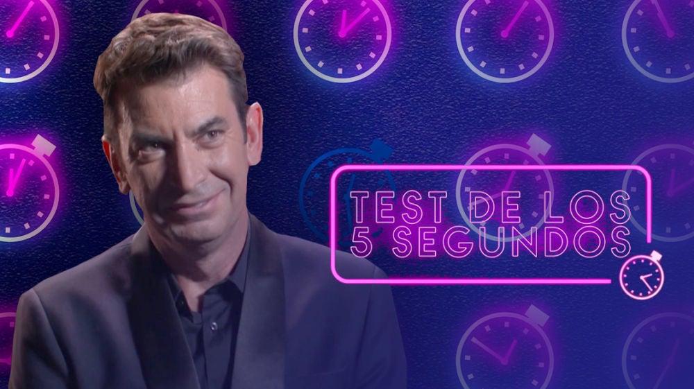 Arturo Valls se enfrenta al test de los cinco segundos de 'Mask Singer'