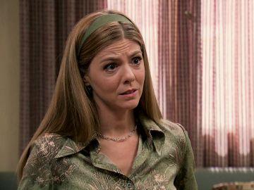 Maica informa a Josefina que Fabián se ha fugado