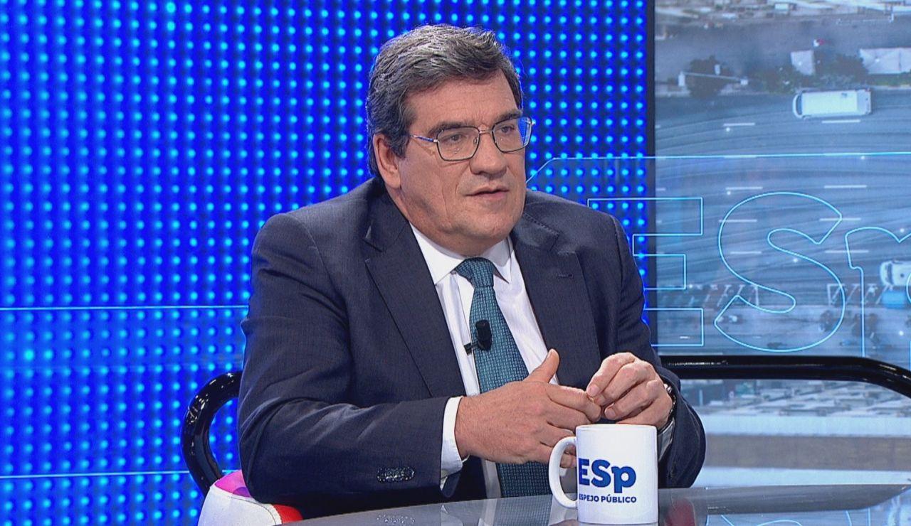 """José Luis Escrivá señala que """"no le consta"""" que el Gobierno este estudiando un confinamiento domiciliario"""