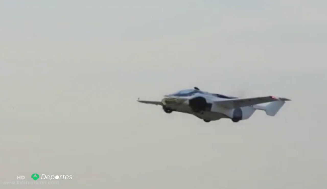 La ciencia ficción ya es realidad: así es el 'AirCar' primer coche volador comercial de la historia