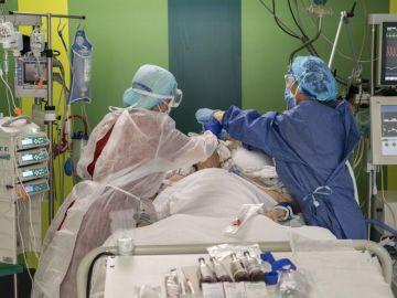 La labor de los profesionales sanitarios es clave en la pandemia