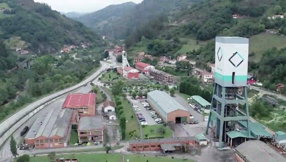 Proponen almacenar la vacuna contra el coronavirus de Pfizer en pozos mineros de Asturias