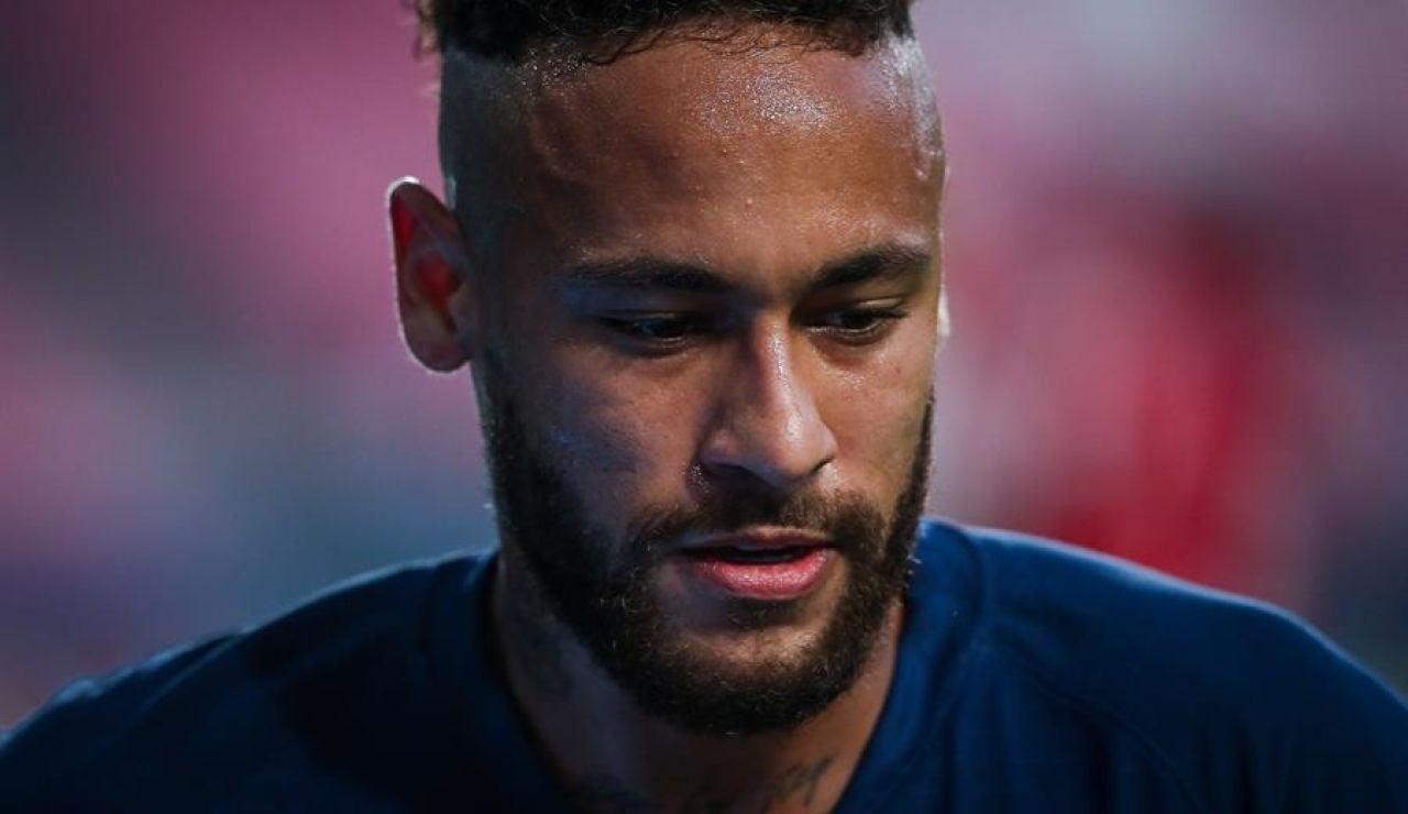 El Barcelona reclama a Neymar 10,2 millones de euros que le pagó de más