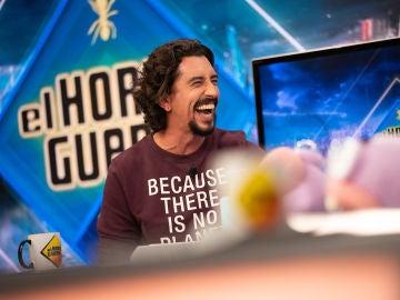 """Marron hace estallar una nebulosa de purpurina en 'El Hormiguero 3.0': """"Parece el pedo de un unicornio"""""""