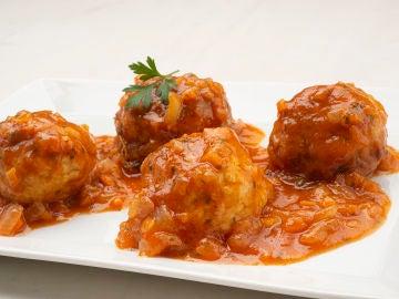 """Receta de albóndigas de pollo y queso, de Karlos Arguiñano: """"Una forma diferente de hacerlas"""""""