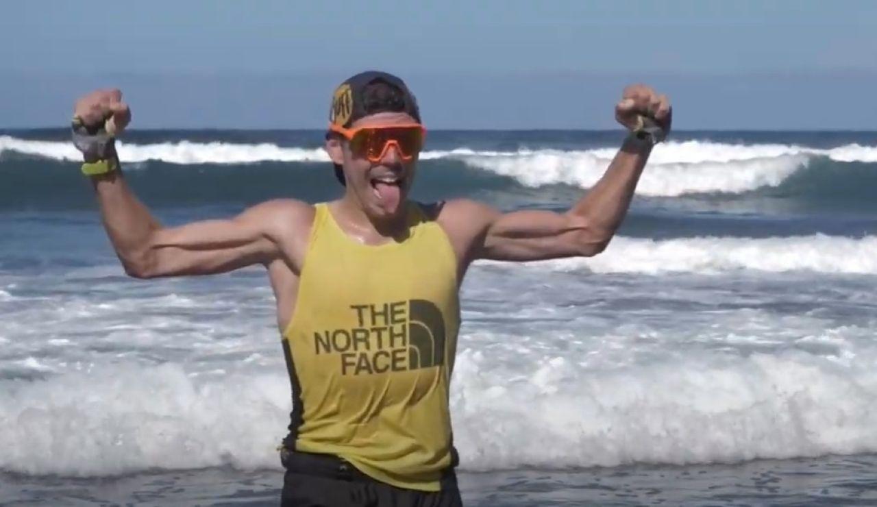 Pau Capell celebra su récord en la ruta 040