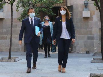 El vicepresident Pere Aragonès, la portaveu Meritxell Budó i la titular de Salut Alba Vergés sortint del del Consell Executiu