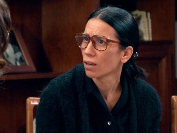 """Manolita encuentra el diario de Marisol y se queda en shock tras leer la última página: """"Paco mató a mi hija"""""""