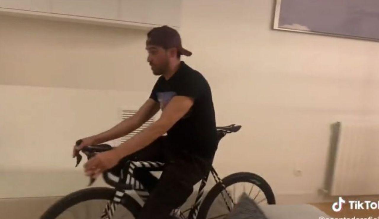 Alberto Contador, en un vídeo en Tik Tok
