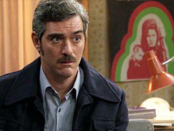Cristina interroga a Paco ante la presión de Manolita de que oculta algo