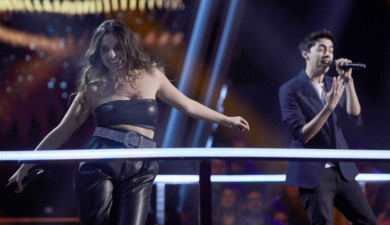 Luis Ángel Vizcarra y Carlota Palacios cantan 'Señorita' en la Batalla Final de 'La Voz'