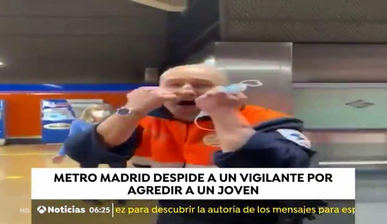 """Un vigilante de Metro Madrid increpa a un joven para que se ponga la mascarilla frente al coronavirus que ya lleva puesta: """"¿Se lo vas a enseñar a tu papá?"""""""