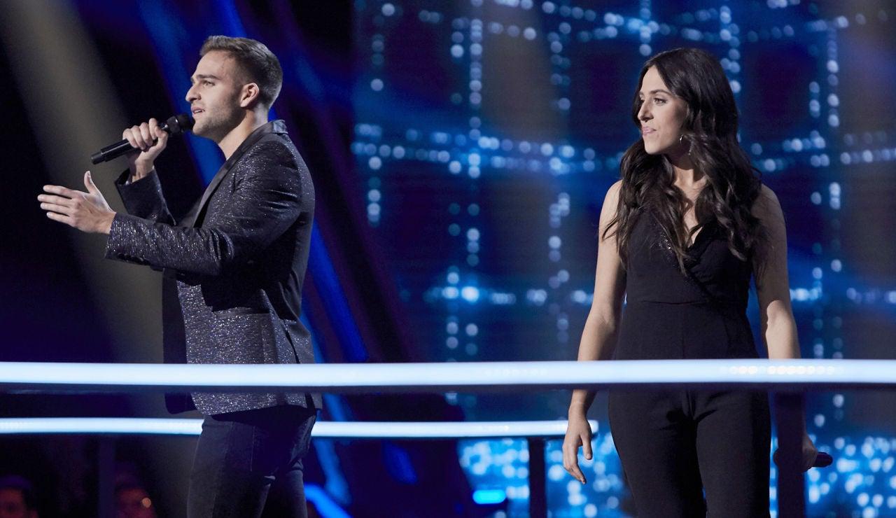 Virginia Elósegui y Adam Ainouz cantan 'The blower's daughter' en la Batalla Final de 'La Voz'