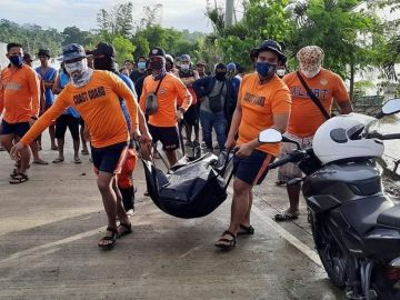 El tifón Vamco causa más de 67 muertos en Filipinas y llega a Vietnam