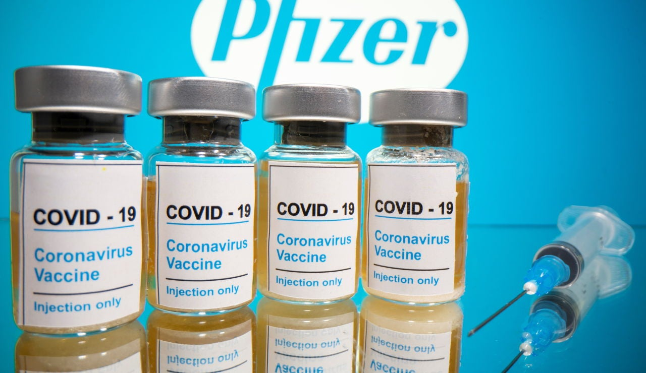 Sanidad recomienda vacunar a embarazadas y lactantes con dosis de Pfizer o Moderna y sin límite temporal