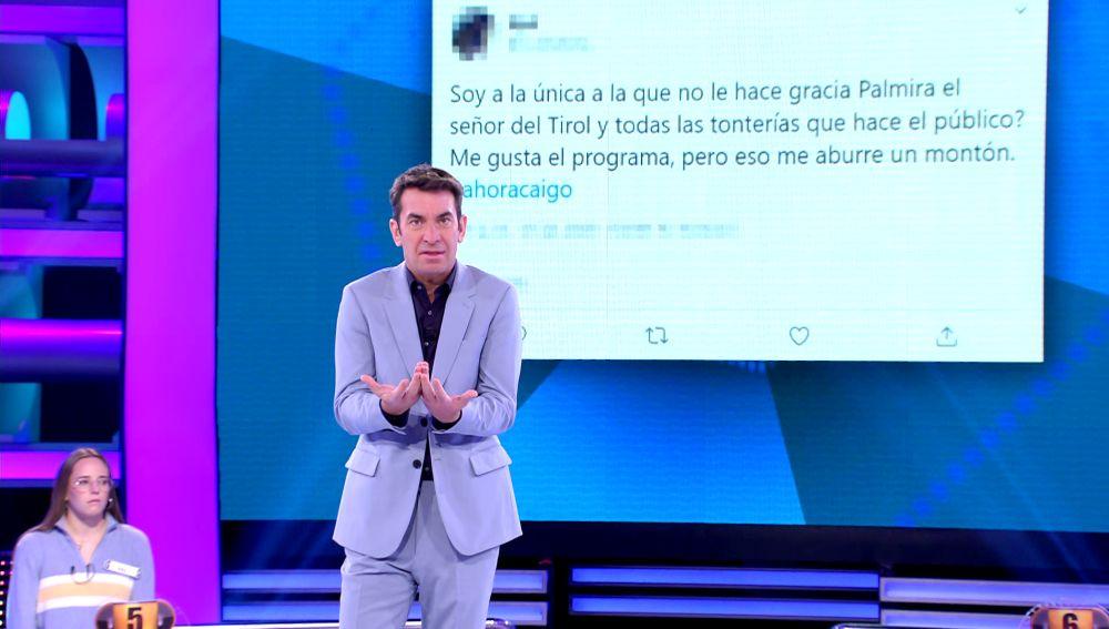 Arturo Valls responde a un tuit muy crítico sobre '¡Ahora caigo!' y sus 'fowellers'