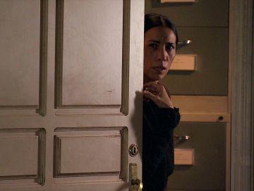 """Manolita destroza el plan de Cristina al interrogar a Paco: """"¡Tú querías a mi hija, muerta!"""""""