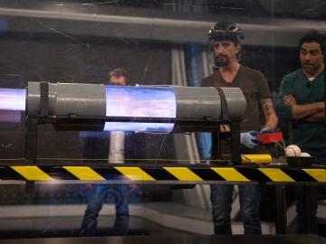 Explosivo: Marron enseña el funcionamiento de un cañón desde dentro y a cámara superlenta