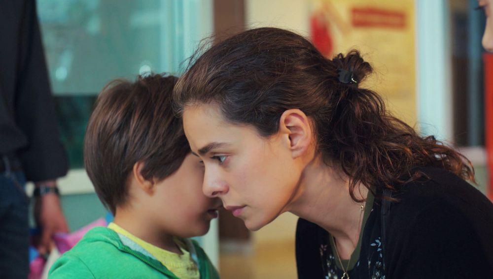 """La confesión de Doruk conmociona a Bahar: """"He visto a mi papá"""""""