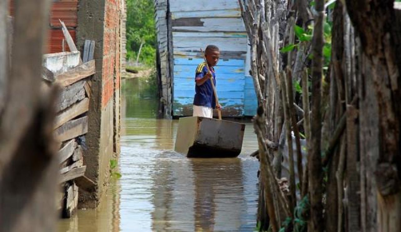 Imagen del huracán Iota a su paso por Colombia