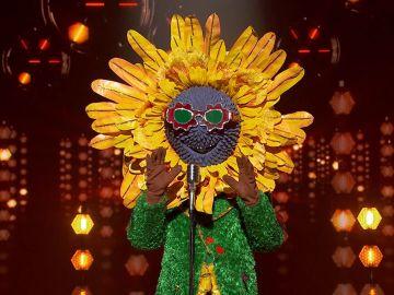 El Girasol llena de luz su camino con 'My way' de Frank Sinatra en 'Mask Singer'