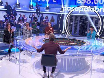 """El tropezado comienzo del equipo naranja en 'Pasapalabra': """"¿Qué pasa con los animalitos?"""""""