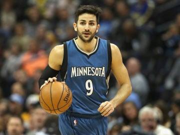 Oklahoma traspasa a Rick Rubio a Minnesota Timberwolves, su tercer equipo en menos de 72 horas