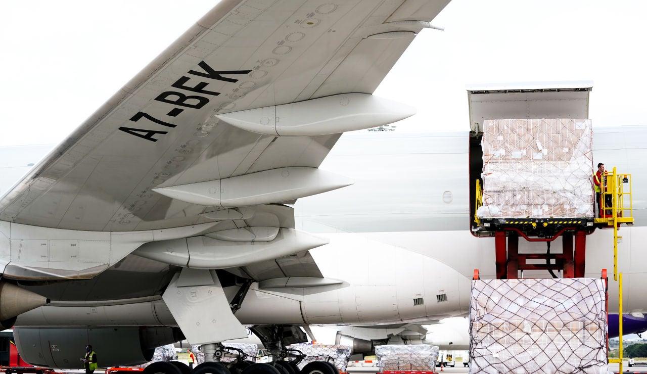 Aerolíneas españolas adaptan sus aviones para transportar las vacunas de coronavirus a temperatura ultrafría