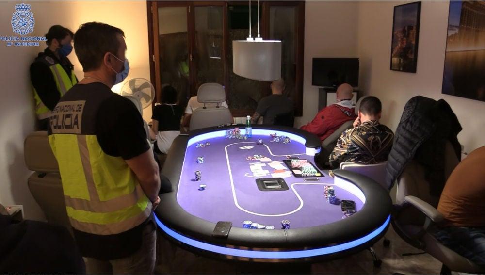 Desmantelada en Mallorca una timba clandestina con jugadores de alto poder adquisitivo que recibían incluso servicios de manicura