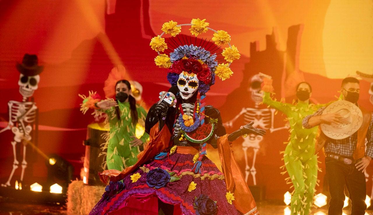 Catrina conquista en 'Mask Singer' con 'Man I feel like a woman' de Shania Twain