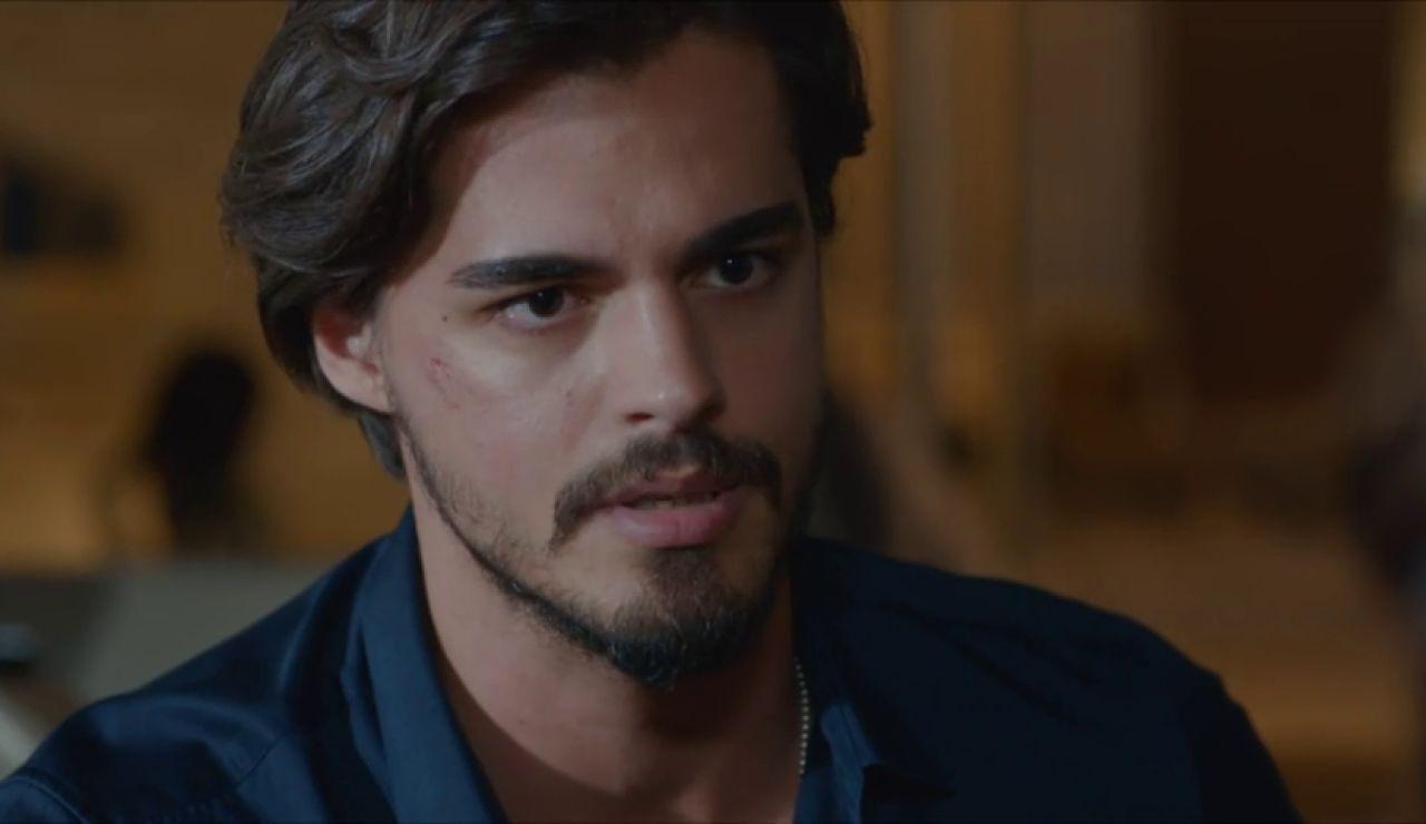 "Selim se enfrenta a Arzu: ""Cennet debería volver a la empresa"""
