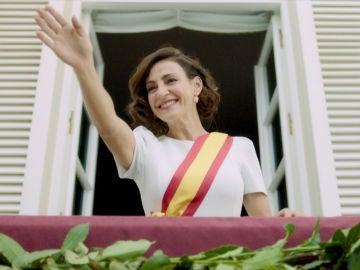 Alma llega a lo más alto y se convierte en Presidenta de la Nueva España