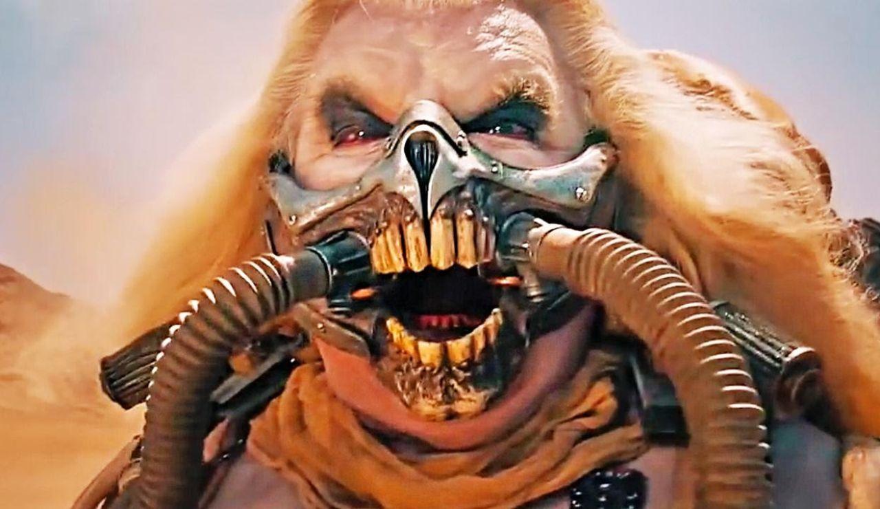 Hugh Keays-Byrne como Inmortal Joe en 'Mad Max: Furia en la carrertera'