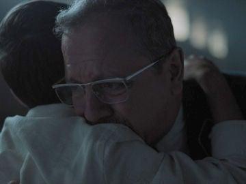 ¡Juntos de nuevo! El emotivo primer abrazo entre Fernando Navarro y su hijo