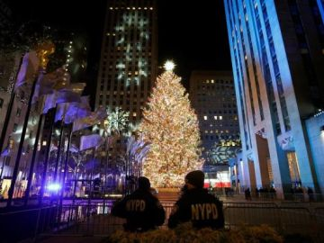 Imagen del árbol de Rockefeller Center en las Navidades de 2020
