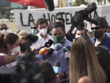 """Santiago Abascal responde a la polémica del chat de los exmilitares que a Vox le preocupa el """"chat de ETA"""""""