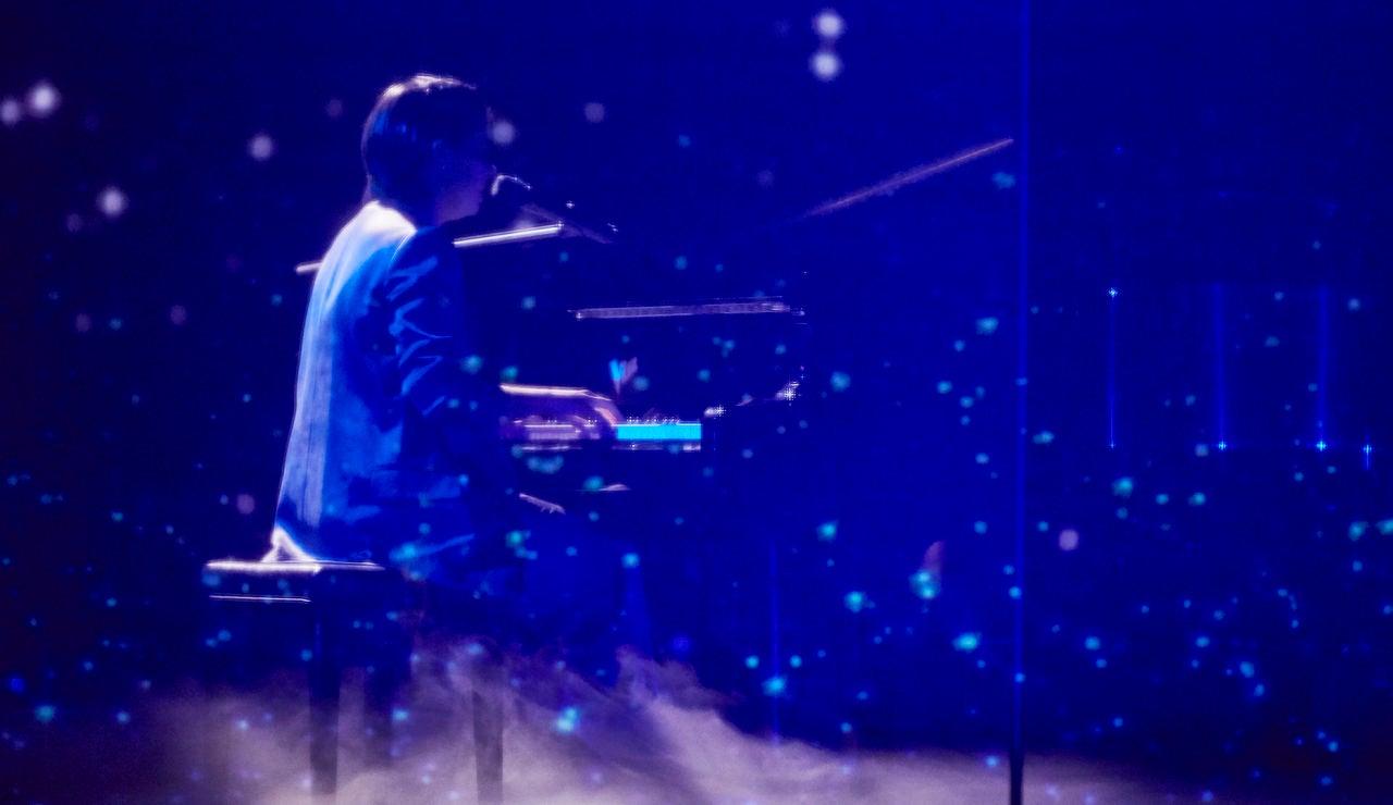 Paula Espinosa canta 'Resistiré' en La Final de 'La Voz'