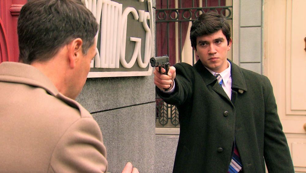 """Un joven intimida a Abel a punta de pistola con un """"muere, traidor"""""""