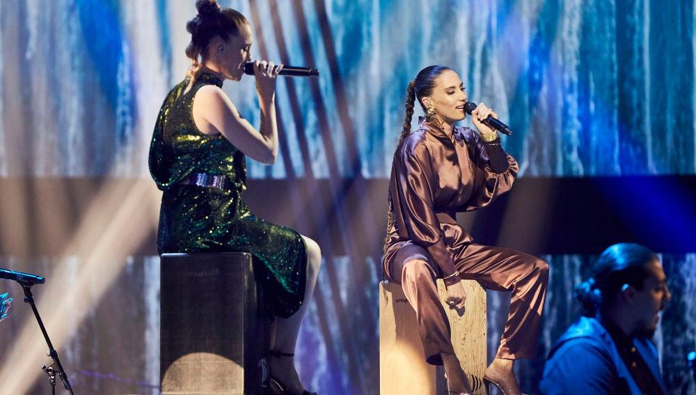 India Martínez y Johanna Polvillo cantan 'La gitana' en La Final de 'La Voz'