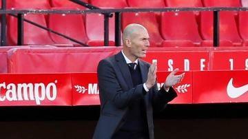 Zidane, en el estadio Sánchez Pizjuán