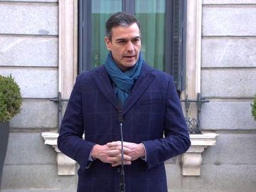 Pedro Sánchez, obligado a repetir la declaración sobre la Constitución al fallar el sonido