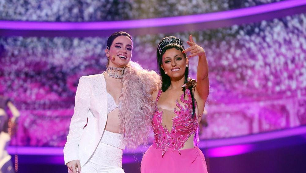 Twin Melody montan una fiesta como Karol G y Nicki Minaj en 'Tusa'