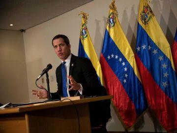 """Guaidó acusa a Zapatero de """"cómplice de violación de DD.HH."""" en Venezuela"""