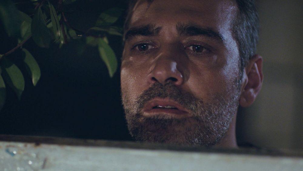 Sarp vuelve a ver a Doruk y crecen sus sospechas: ¿es su hijo?
