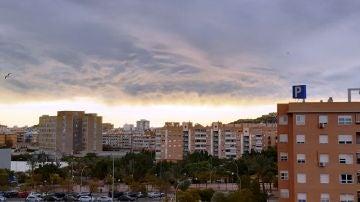 Nubes este lunes sobre Alicante
