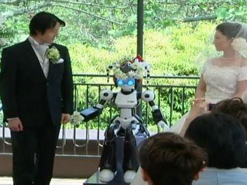 Japón financiará proyectos de inteligencia artificial para fomentar la natalidad